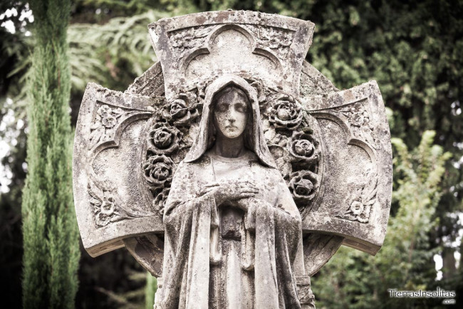 panteon-martinez-de-lecea-cementerio-santa-isabel-vitoria-gasteiz