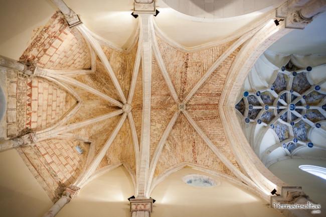 pinturas medievales iglesia de la natividad de nuestra señora