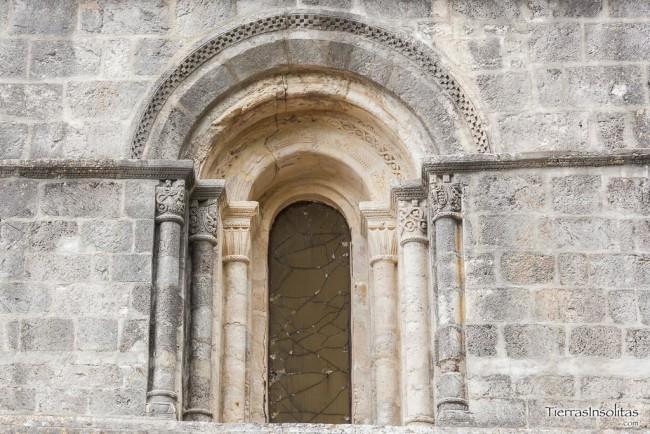 ventanal frontal templo nuestra señora de estíbaliz