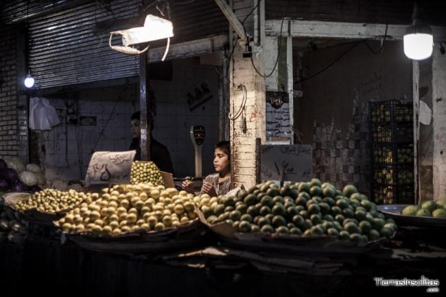 puestos de frutas en kermán