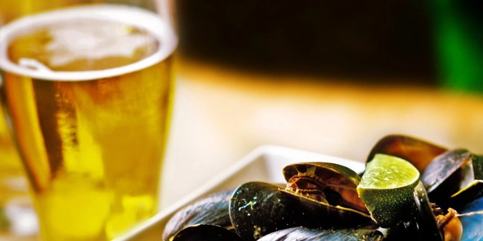 mussels-and-lager