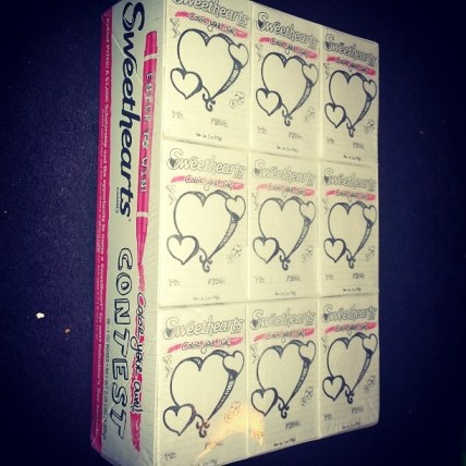 "Sweethearts ""Color Your Own"" box and contest"