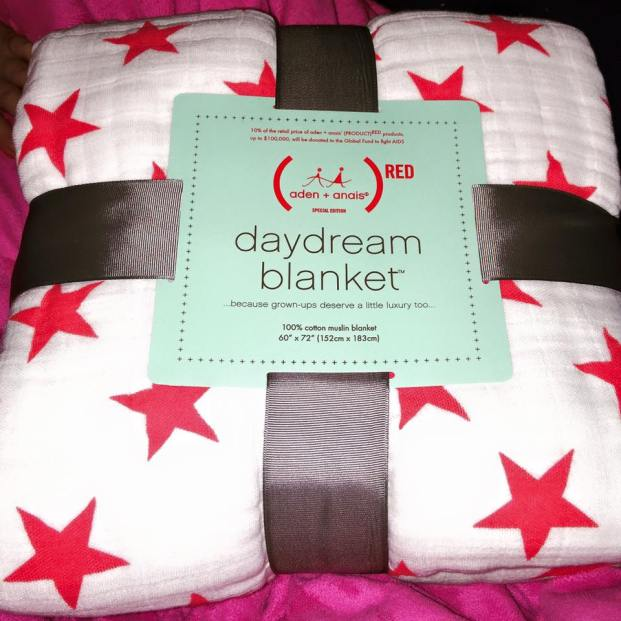 (aden + anais)RED classic daydream blanket