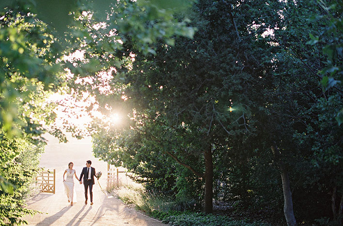 Jen Huang: Fine Art Wedding Photography, Bride and Groom Walking In Sunlight