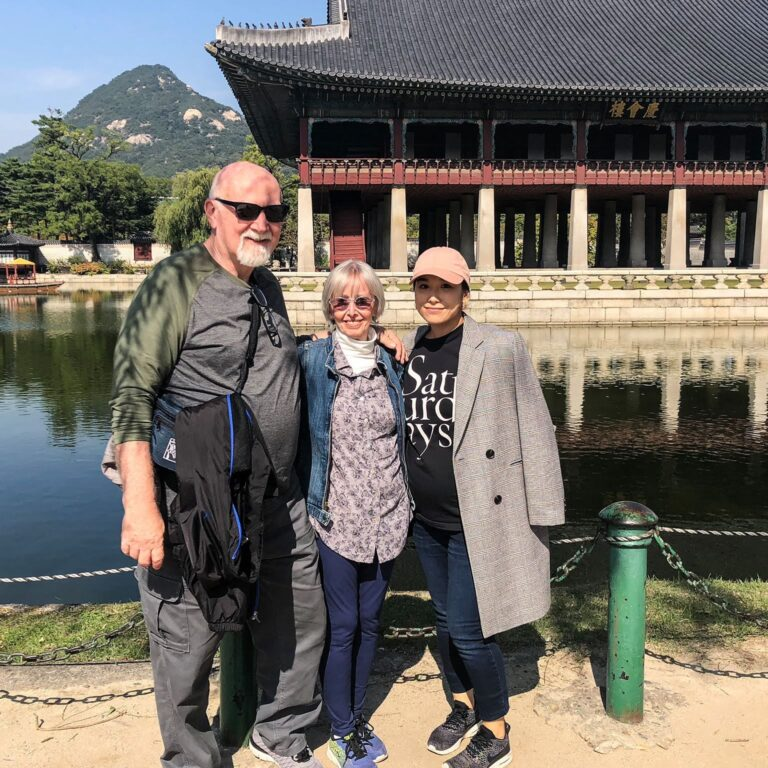 Pregnant in Seoul! Mom & Dad's first trip to Korea.