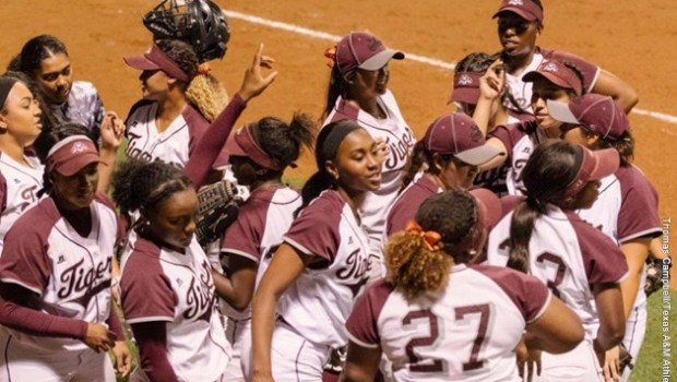 Postseason trip concludes third SWAC championship in four seasons …read more Related posts: Garza named Player of the Week for the second consecutive week Lady Tigers clinch a SWAC top […]