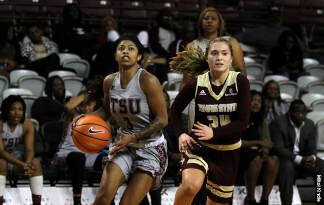 Lady Tigers put away Devilettes for third consecutive win