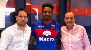 Hugo Silveira firmó contrato con Tigre por un año