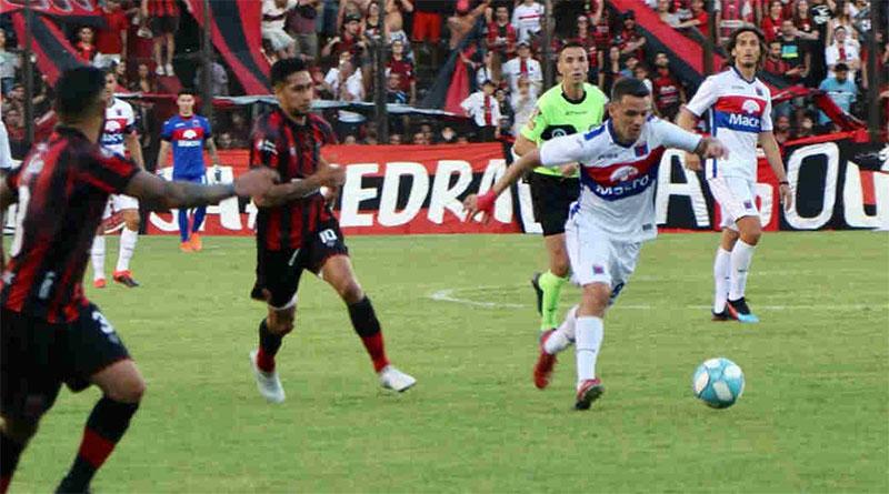 Tigre fue superado claramente por Defensores de Belgrano
