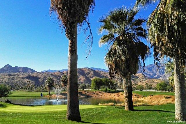 01-12-2017-beautiful-golf-course-par-three