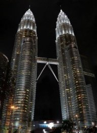 mal-twin-towers-night-lights