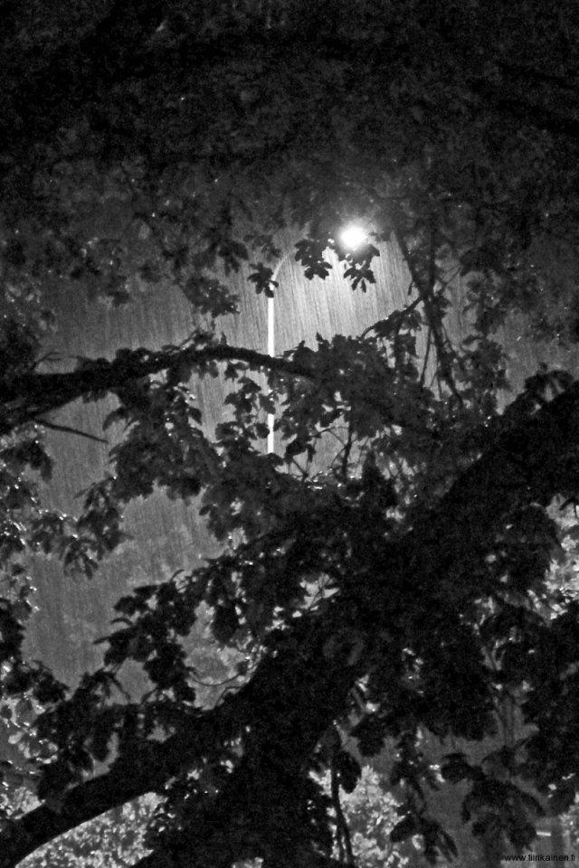 8-8-2013-thunderstom-at-midnight-jpg