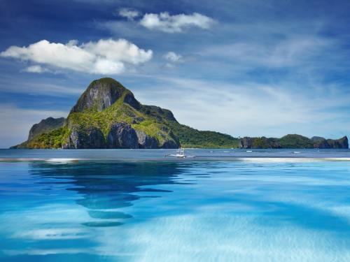 Cadlao Island in El Nido, Palawan