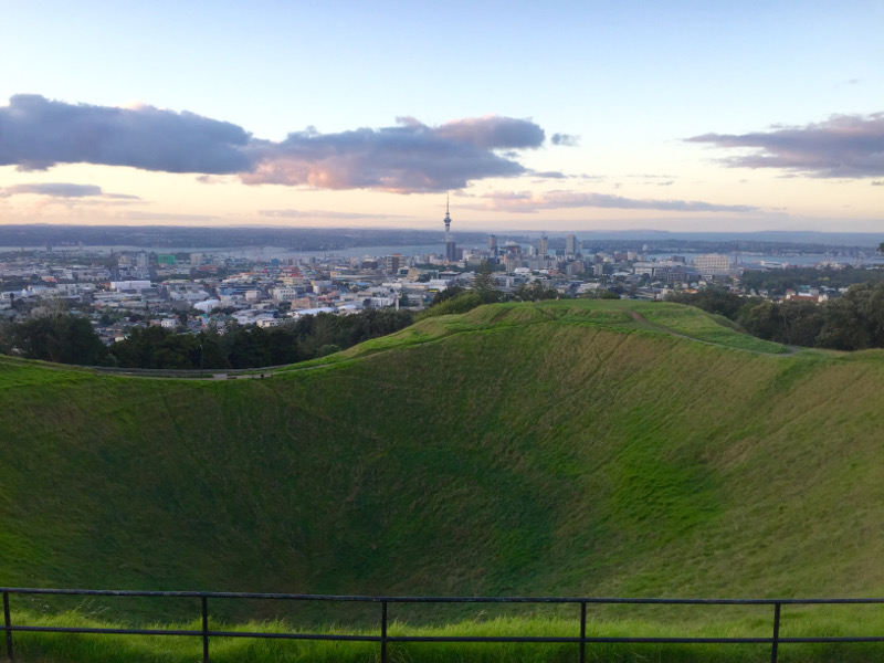 things to do in auckland, mount eden views sunset