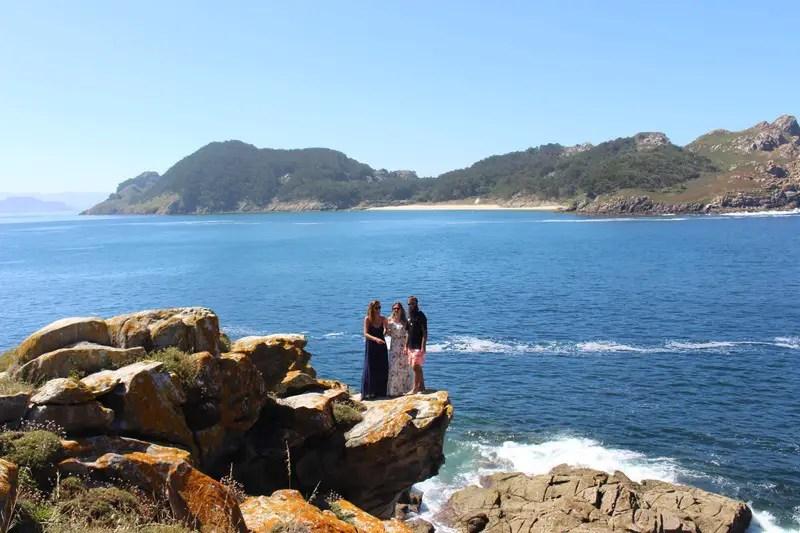 friends trip cies islands