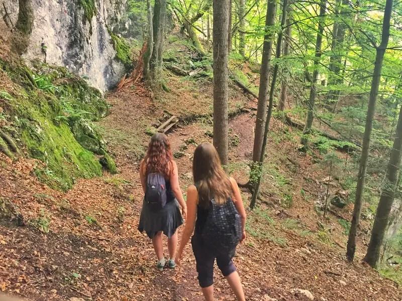 descent to skakavac waterfall