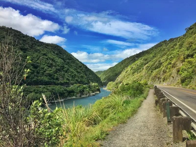 manawatu gorge riverside