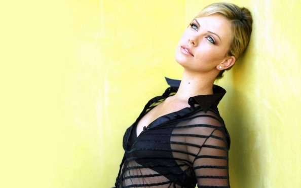 Charlize Theron 1024x640 Charlize Theron