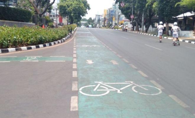 Pengguna Motor Tilang Pakai Jalur Sepeda