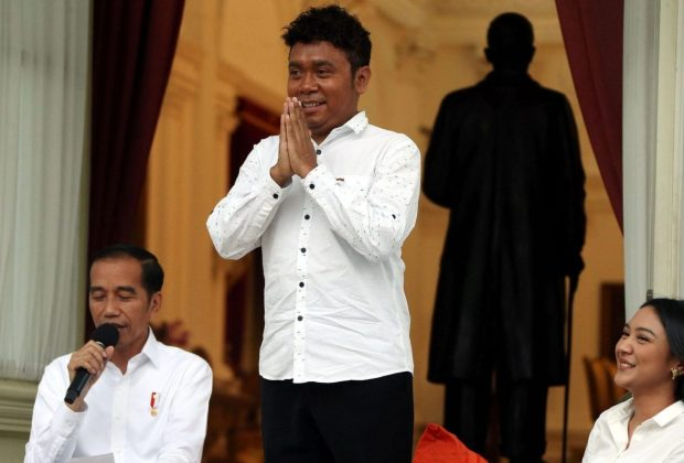 Cuitannya 'Kubu Sebelah Megap-Megap' Bikin Geger, Stafsus Presiden Billy Minta Maaf