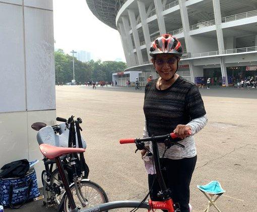 TIKTAK.ID - Bersepeda Keliling Monas-Senayan, Susi Pudjiastuti Puji Anies Baswedan