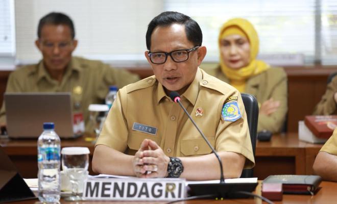 TIKTAK.ID - Publik Curiga: IKN Belum Resmi Pindah ke Kaltim, Mendagri Ngotot Ubah Status Jakarta 'Bukan Lagi Ibu Kota'