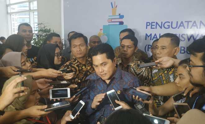 TIKTAK.ID - Baru 4 Bulan Jadi Menteri Sudah 30 Kali Ikut Ratas, Erick Thohir: Pak Jokowi Memang Gila Kerja