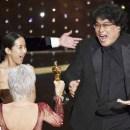 Film Parasite Raih Oscar