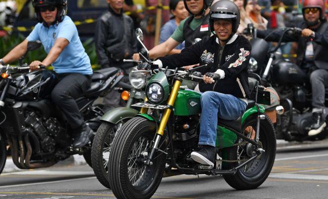 Penggugat UU Lalu Lintas ke MK, Persoalkan Lampu Motor yang Tak Dinyalakan Saat Dikendarai Jokowi