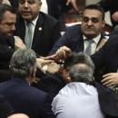 Adu Jotos Parlemen Turki
