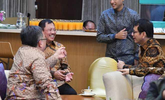 TIKTAK.ID - Catat, Berikut ini Menteri Jokowi yang Positif dan Negatif Corona