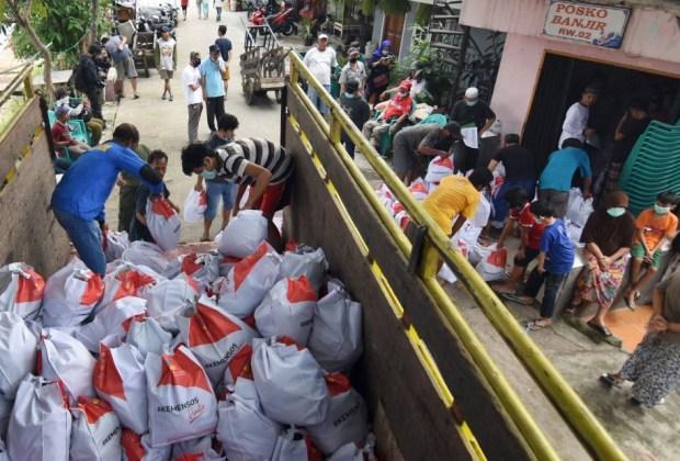 Anggota DPRD Masuk Daftar Penerima, Bansos DKI Disebut Banyak Salah Sasaran