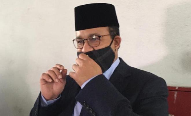 Hadapi New Normal, Anies Baswedan Anjurkan Masker Jadi Seragam PNS