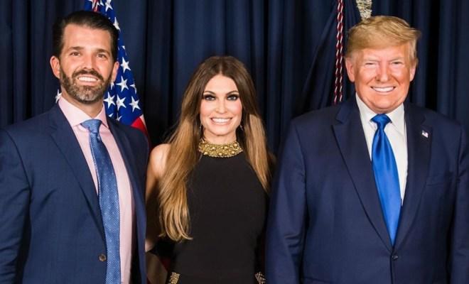 Pejabat Tinggi Kampanye Trump Positif Covid-19