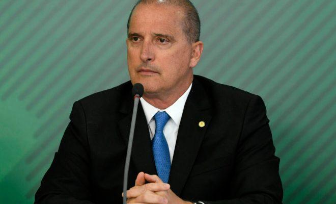 Satu Lagi, Menteri Brasil Positif Covid-19