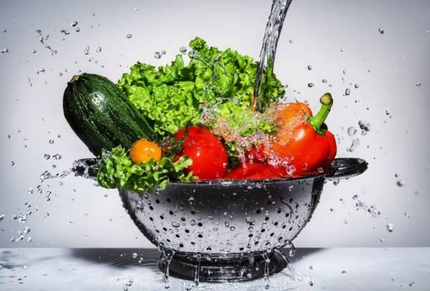 Cara Cuci Bahan Makanan untuk Hilangkan Bakteri, Khususnya pada Buah dan Sayur