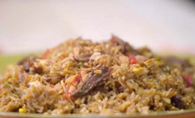 Manfaatkan 'Sisa' Rendang, William Wongso Berbagi Resep Nasi Goreng Rendang