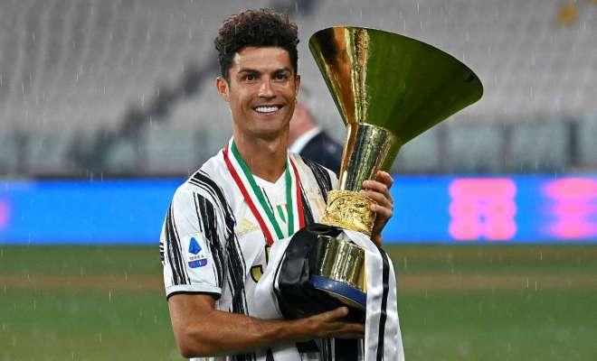 Pemain Juventus Geregetan Soal 'Rekor Palsu' Ronaldo