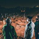 Mendadak Datangi Kuburan Korban Corona Malam-malam, Ada Apa dengan Anies Baswedan?