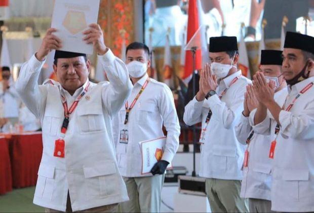 Susun 'Formasi Tempur' Baru Gerindra, Prabowo Rangkul Cucu Pendiri NU hingga Istri Mantan Panglima