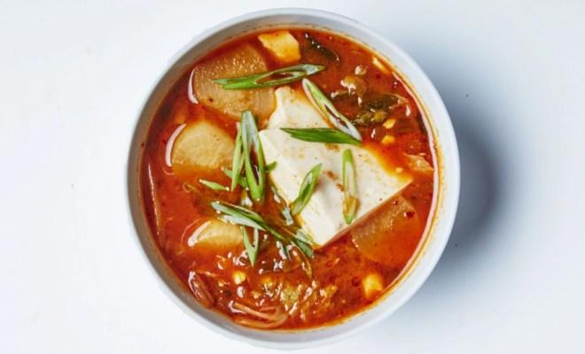 Resep Sup Tofu Kimchi, Cocok Dinikmati Saat Badan Kurang Fit