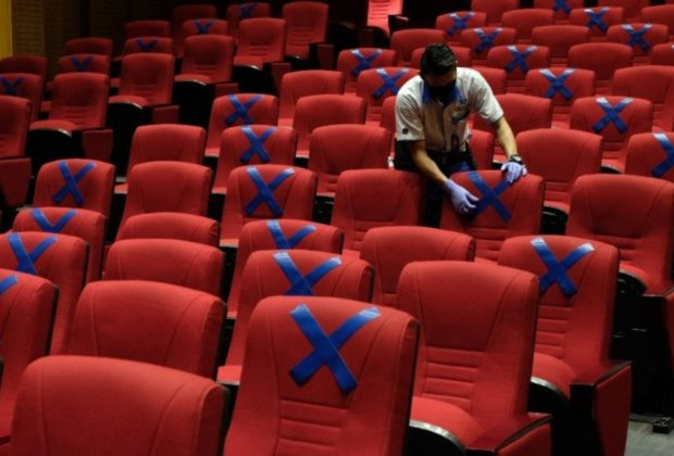Ahli Jelaskan Risiko Nonton Bioskop Selama Pandemi