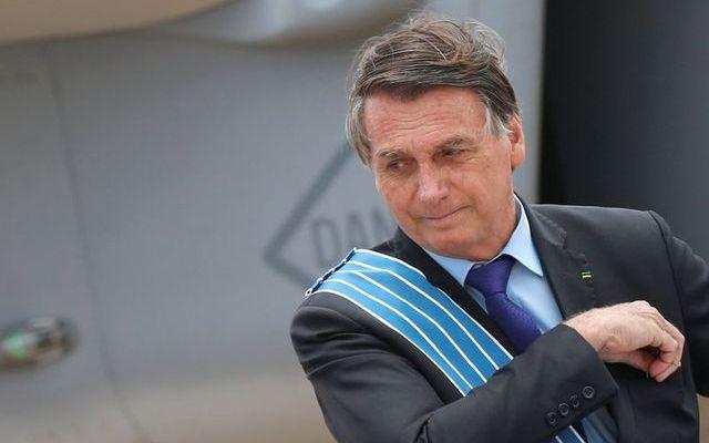 Bolsonaro: Negara yang Menerapkan Karantina itu 'Gila'