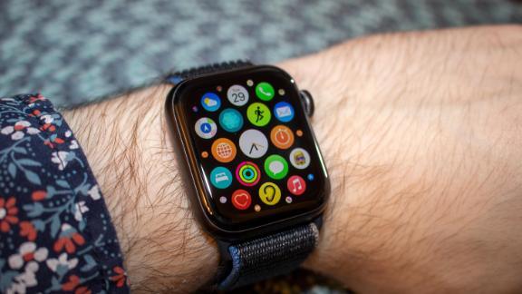 Pengguna Apple Watch SE di Korea Selatan Laporkan Alami Overheating