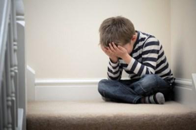 Tugas Orang Tua Kenali Gejala Stres pada Anak