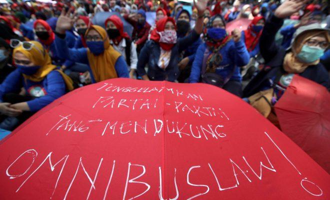 UU Cipta Kerja Diteken Jokowi, Buruh Ancam Demo Akbar Serentak di Hari Pahlawan