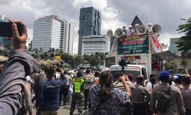 Polisi Bubarkan Paksa Aksi 1812 dan Tangkap Sejumlah Demonstran
