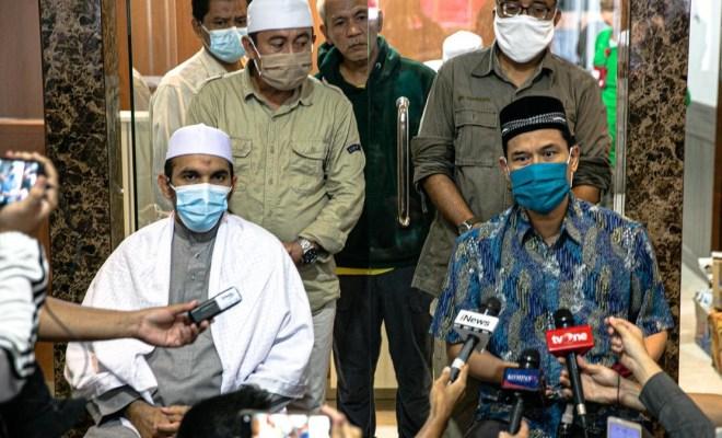 Viral Rekaman Simpatisan Habib Rizieq Serang Polisi, Munarman: Itu Suara Laskar FPI Ditembak Kesakitan!