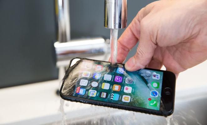 Klaim Ketahanan Air Menyesatkan, Italia Denda Apple 170 Miliar
