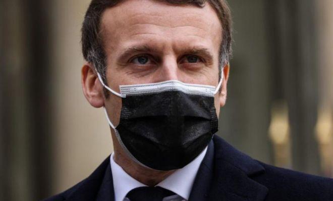 Presiden Emmanuel Macron Positif Covid-19
